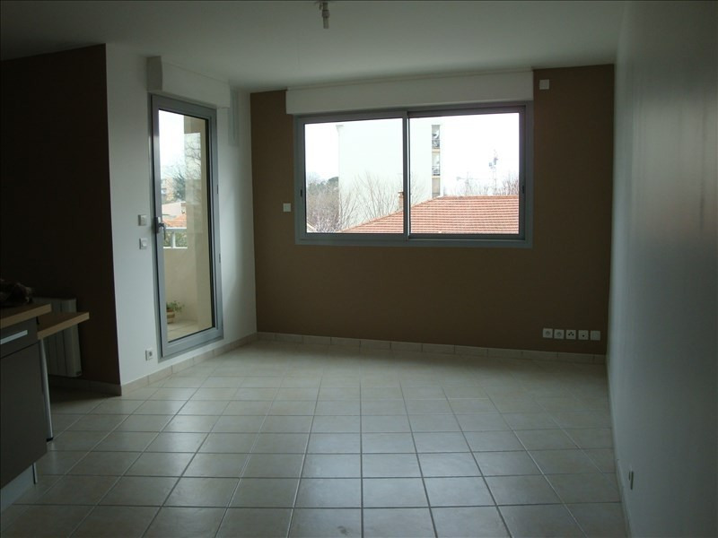 Verhuren  appartement Castelnau le lez 607€ CC - Foto 2