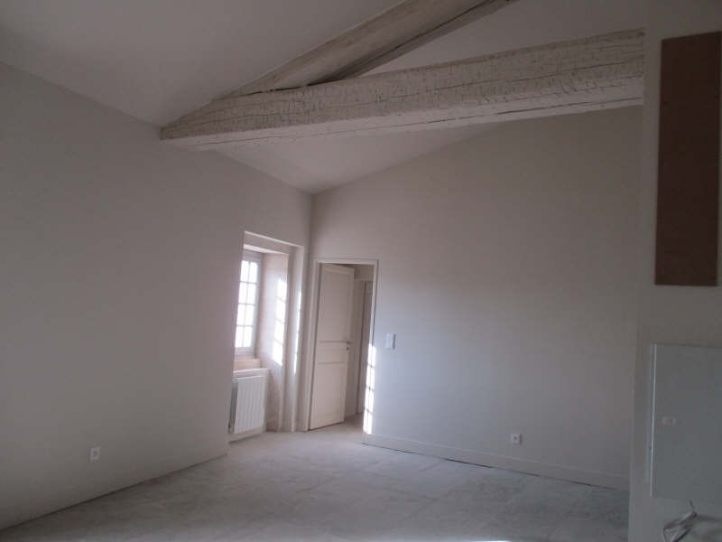 Rental apartment Nimes 654€ CC - Picture 3
