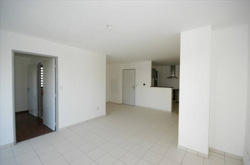 Sale apartment Saint pierre 128 000€ - Picture 3