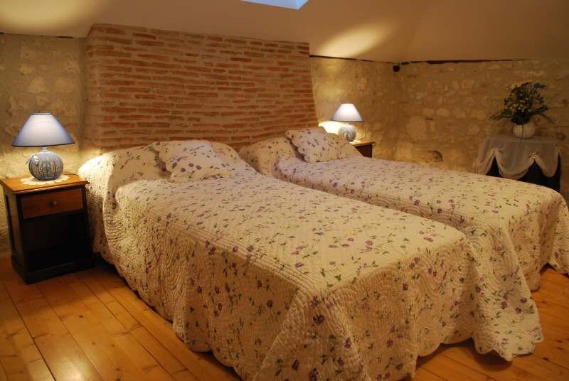 Sale house / villa Beauville 399000€ - Picture 3
