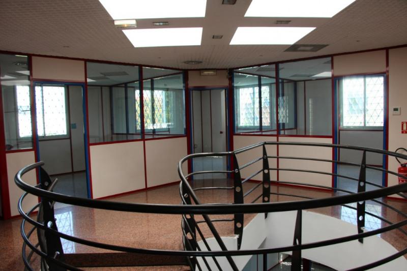 Rental office Aix en provence 3900€ CC - Picture 3