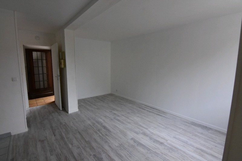 Location appartement Neuilly en thelle 490€ CC - Photo 2