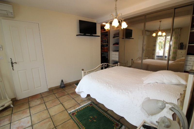 Vente de prestige maison / villa Hyeres 608400€ - Photo 4