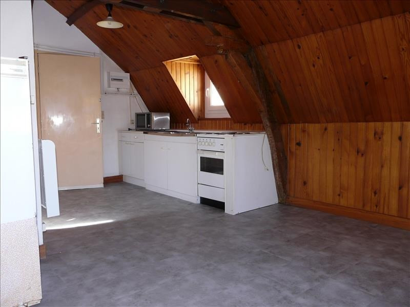 Rental apartment St omer 250€ CC - Picture 4
