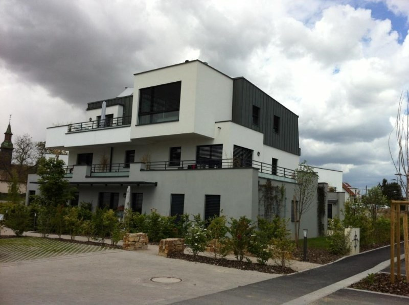 Rental apartment Mittelhausbergen 854€ CC - Picture 1