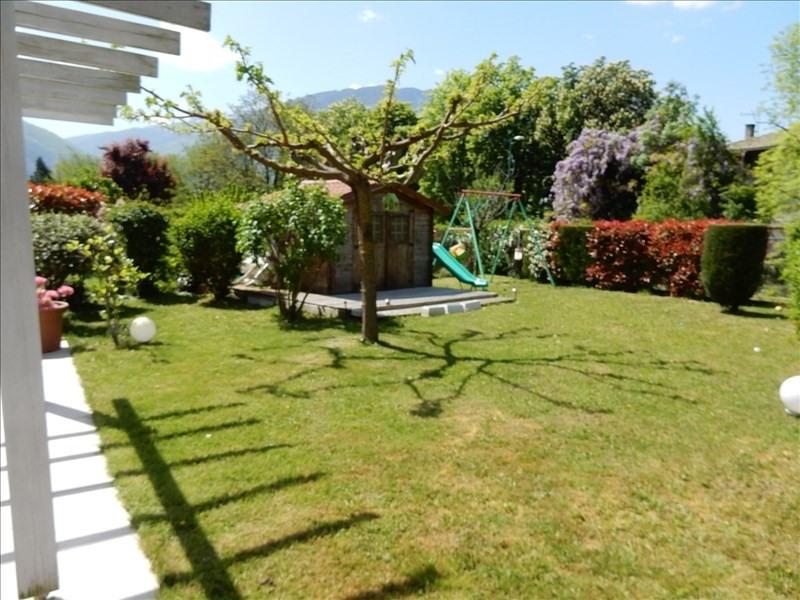 Sale house / villa St egreve 410000€ - Picture 2