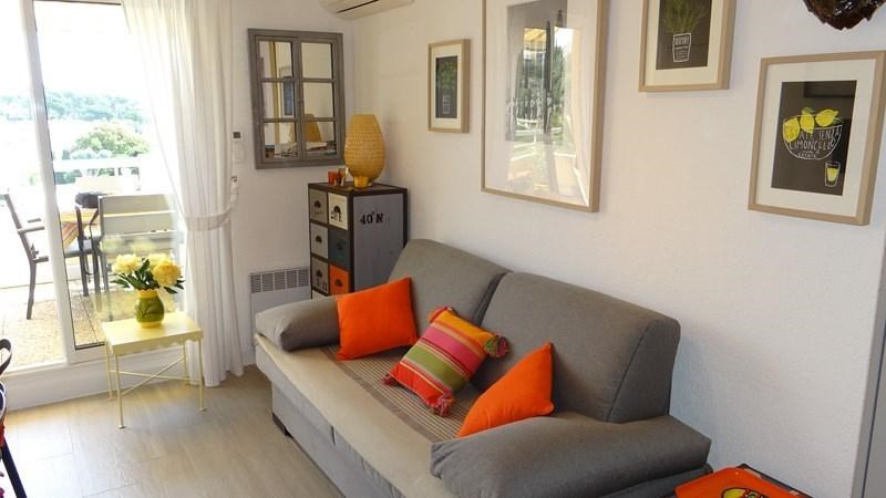 Location vacances appartement Cavalaire 650€ - Photo 7
