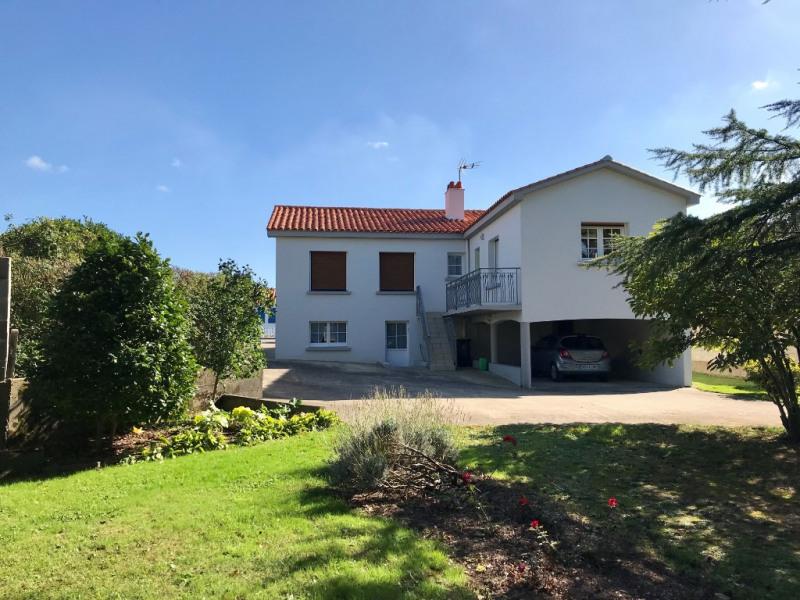 Sale house / villa La mothe achard 242000€ - Picture 1