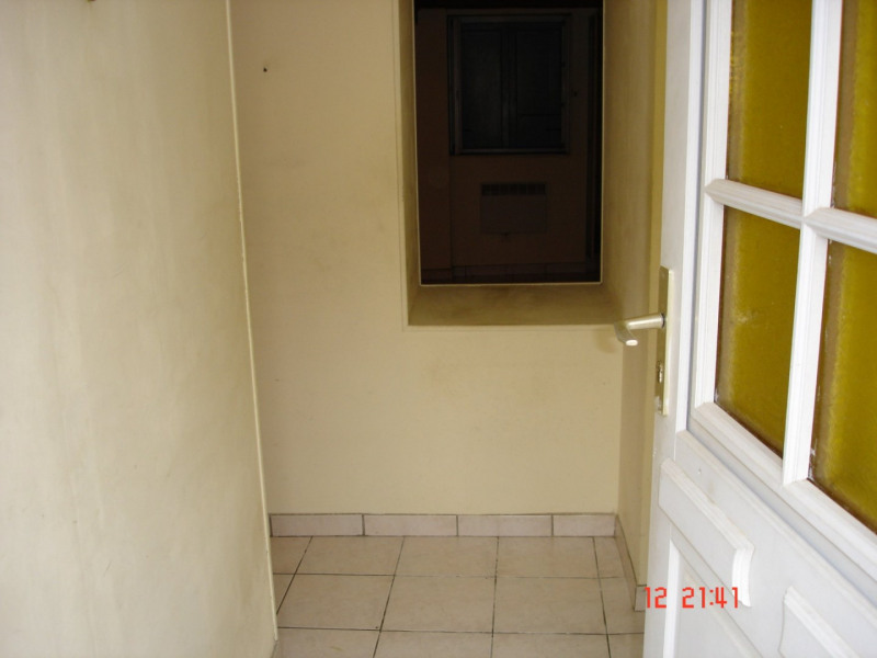 Sale apartment Crémieu 89 900€ - Picture 2