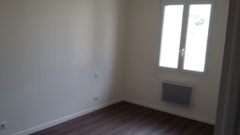 Location maison / villa Martillac 1 019€ CC - Photo 10