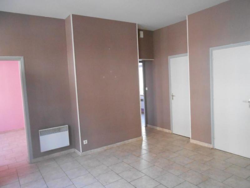 Location appartement Aire sur la lys 395€ CC - Photo 6