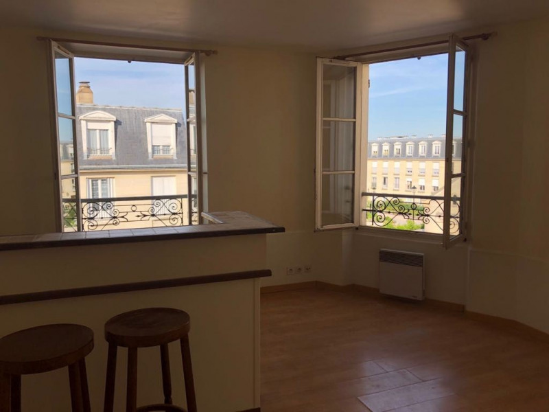 Location appartement Chambourcy 690€ CC - Photo 3