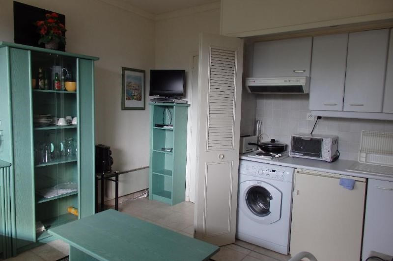 Location appartement Vallauris 550€ CC - Photo 2