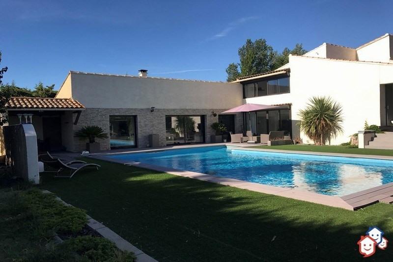 Deluxe sale house / villa Courthezon 599000€ - Picture 1