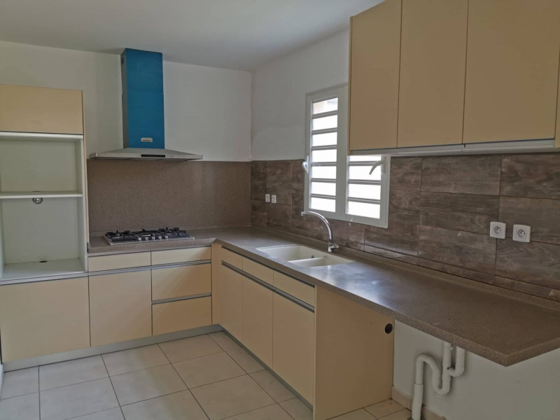 Rental house / villa St andre 900€ CC - Picture 2