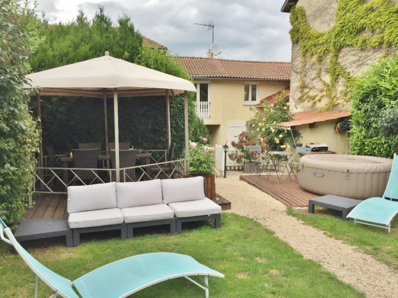 Sale house / villa Eclose 199 900€ - Picture 1