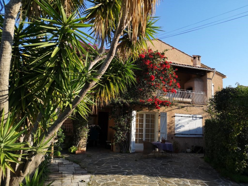 Vente maison / villa Hyeres 548 600€ - Photo 1