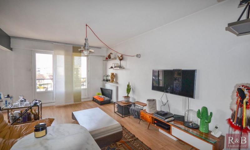 Sale apartment Plaisir 179000€ - Picture 2