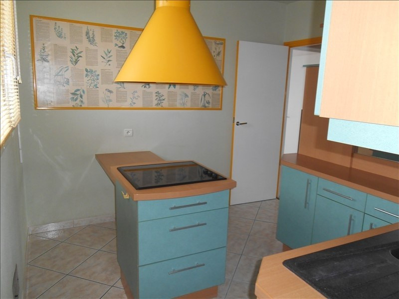 Rental apartment Troyes 589€ CC - Picture 4