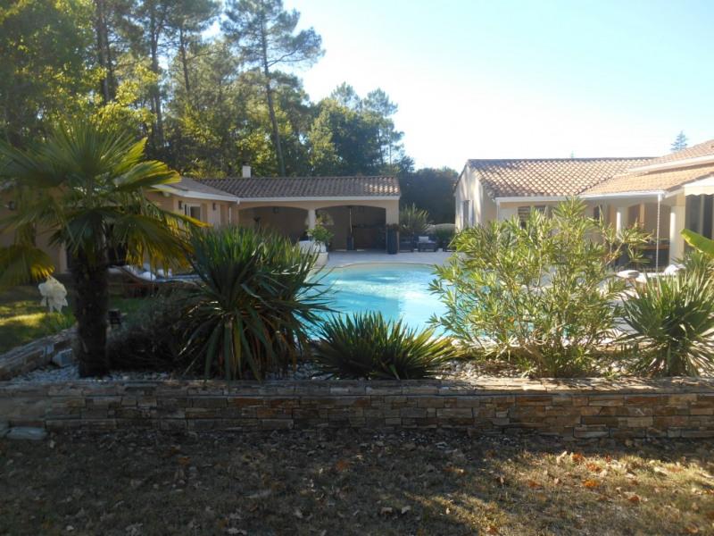 Deluxe sale house / villa La brede 644000€ - Picture 10
