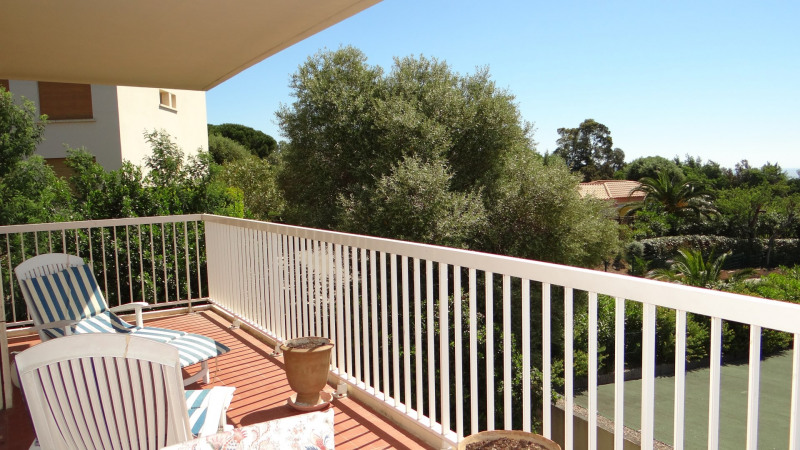 Vacation rental apartment Cavalaire sur mer 700€ - Picture 6
