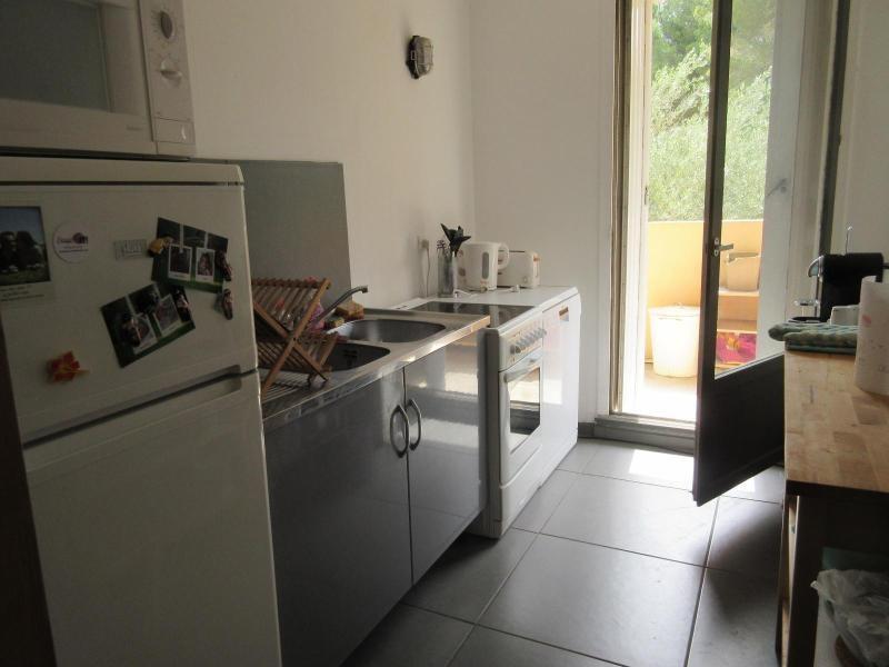 Rental apartment Aix en provence 798€ CC - Picture 3