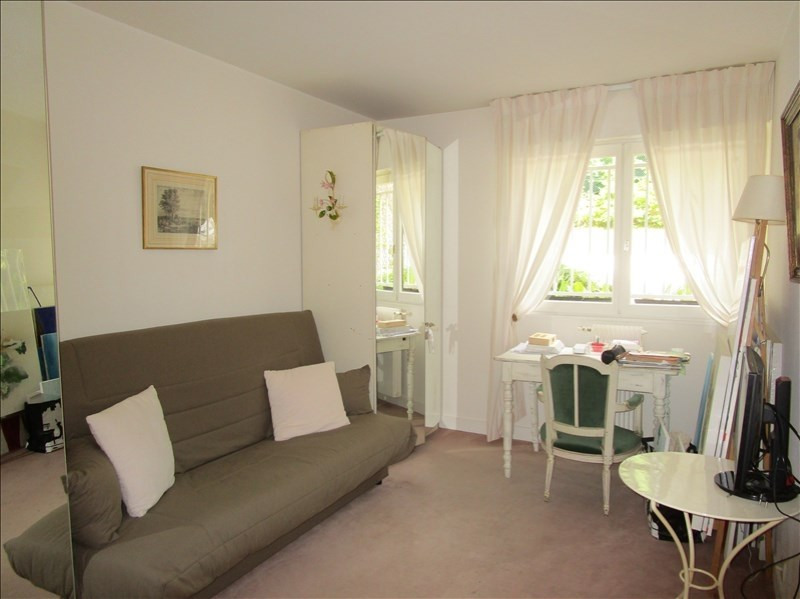 Sale apartment Versailles 594 000€ - Picture 8