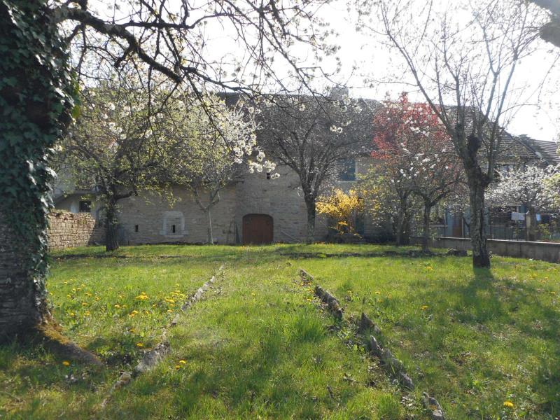 Sale house / villa Domblans 139000€ - Picture 1