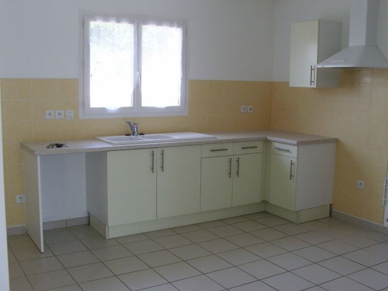 Location maison / villa Cazeres sur l adour 683€ CC - Photo 3