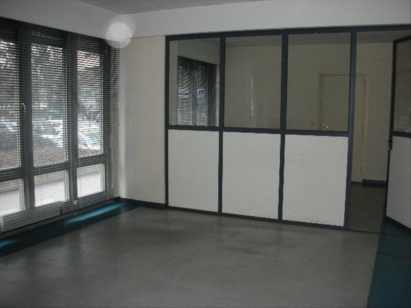 Rental office Le puy en velay 552€ HC - Picture 2