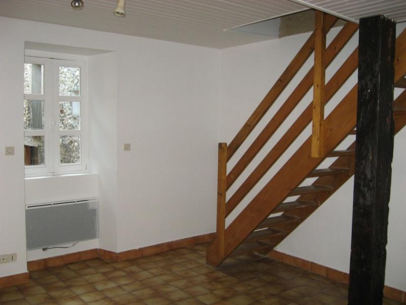 Location appartement Aouste-sur-sye 352€ CC - Photo 2
