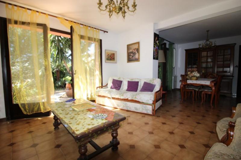 Vente maison / villa Hyeres 490000€ - Photo 5