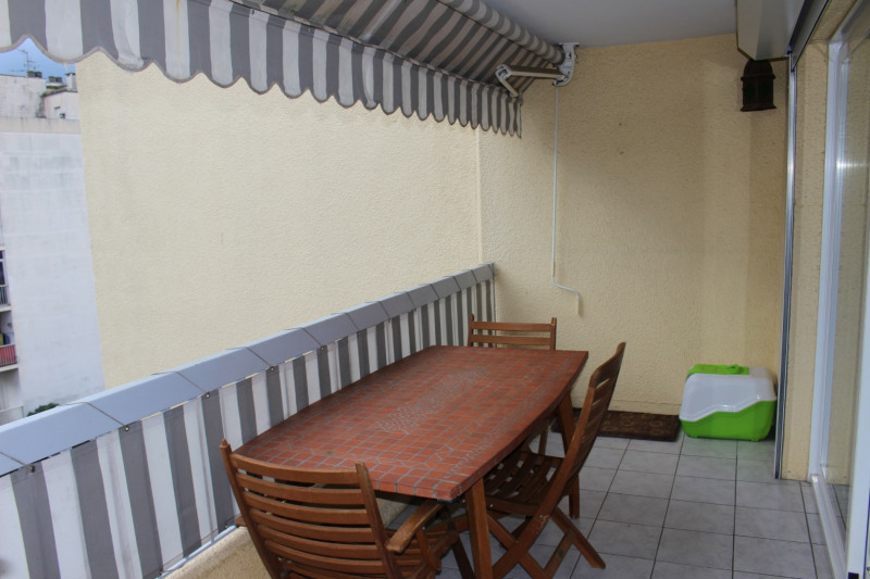 Sale apartment Nice 269 000€ - Picture 3