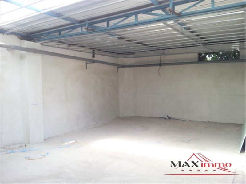 Location local commercial St pierre 3500€ HT/HC - Photo 1
