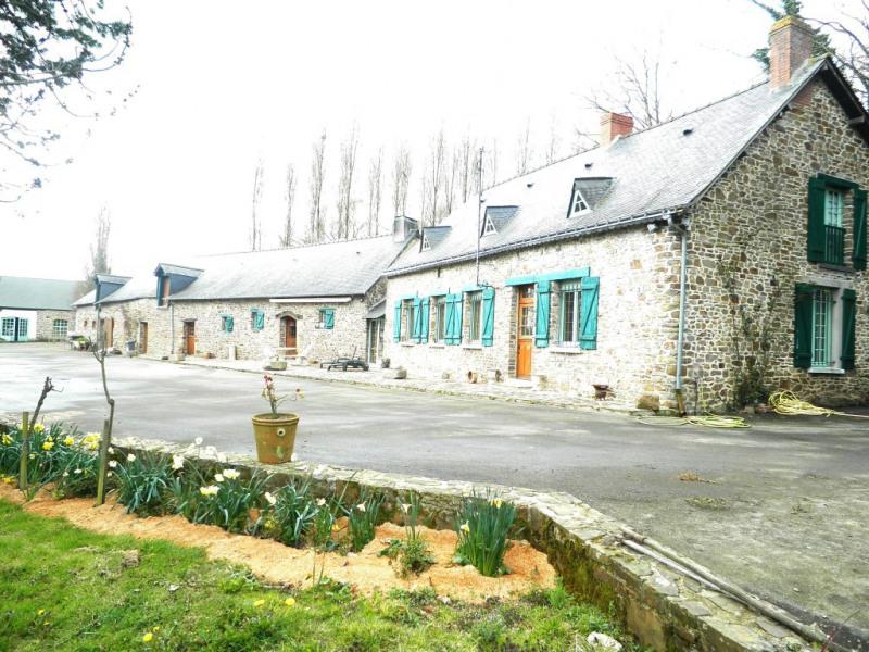 Vente maison / villa Martigne ferchaud 370800€ - Photo 1