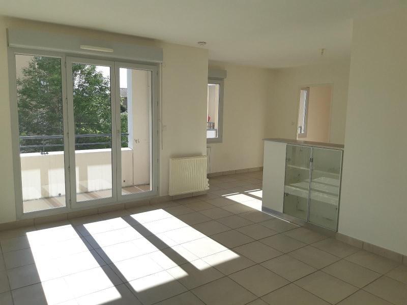 Location appartement Villefranche sur saone 557€ CC - Photo 4