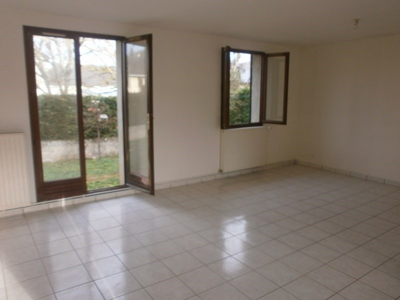 Location maison / villa Nuces 520€ CC - Photo 6