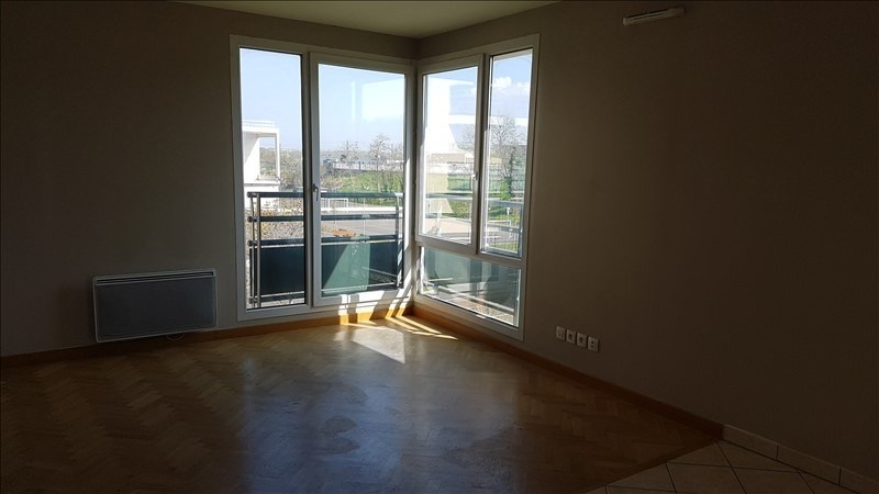 Location appartement Acheres 743€ CC - Photo 2
