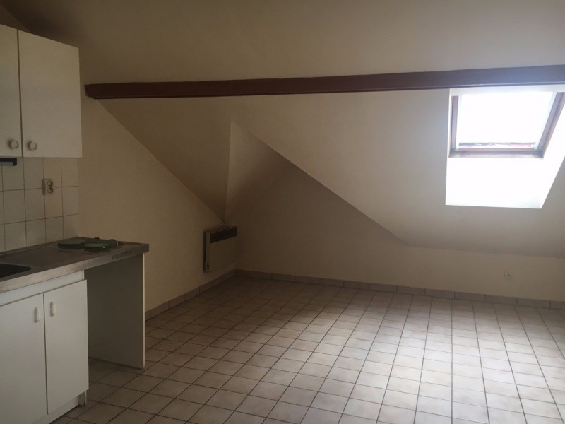 Rental apartment Rambouillet 510€ CC - Picture 1