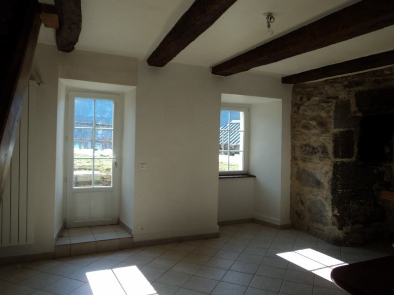 Location maison / villa Saint-chely-d'aubrac 550€ CC - Photo 4