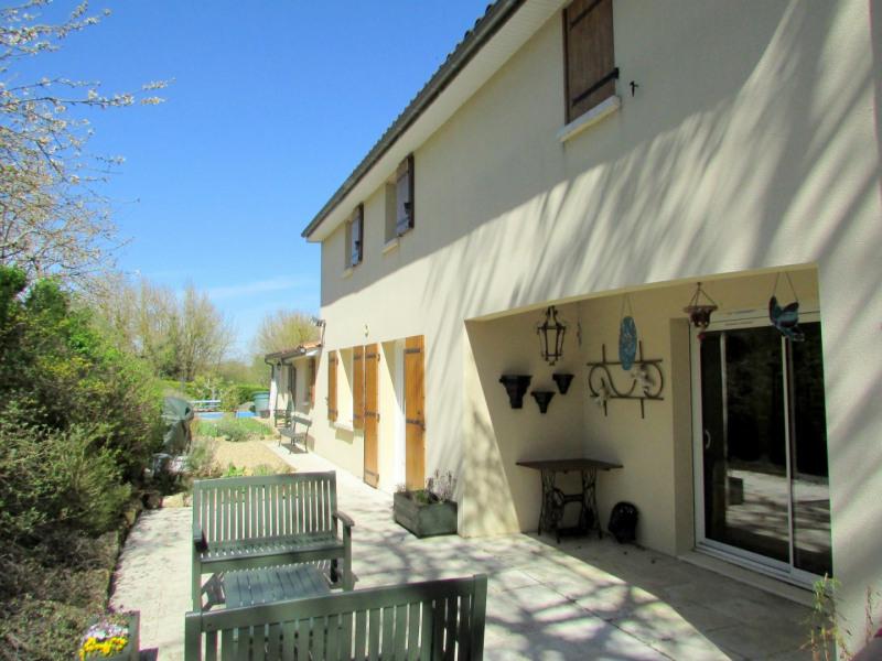 Sale house / villa Tusson 356000€ - Picture 3