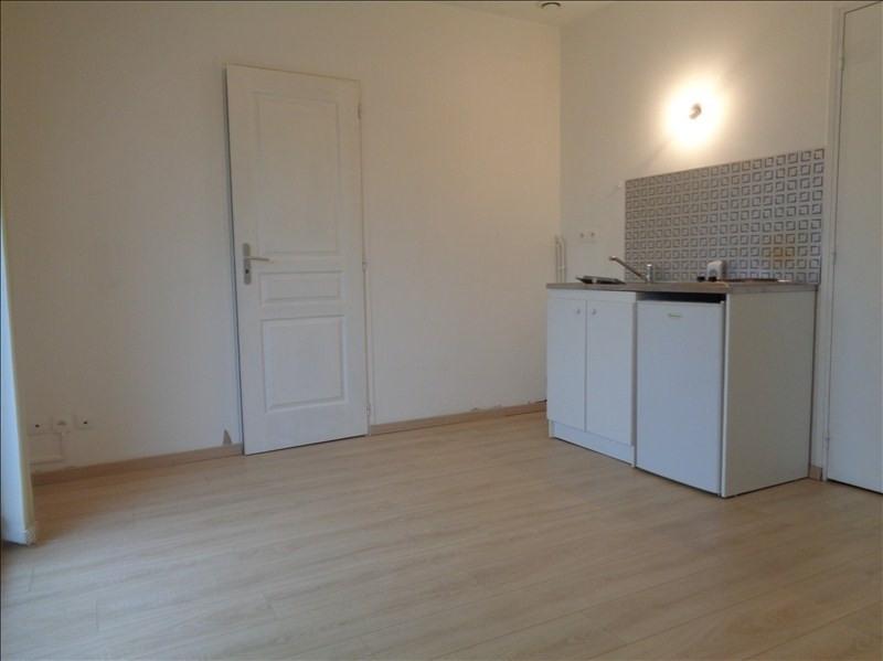 Location appartement Franqueville st pierre 520€ CC - Photo 1