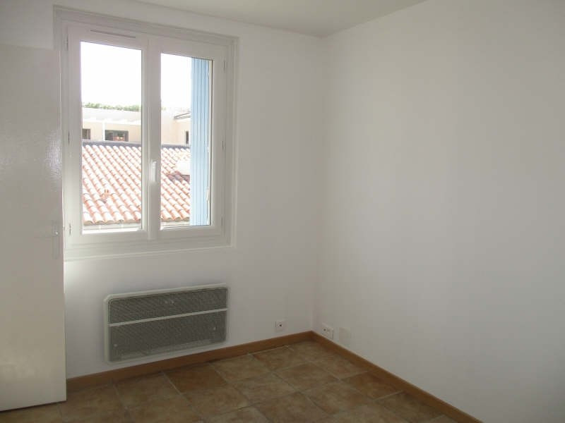Rental apartment Niimes centre 440€ CC - Picture 7