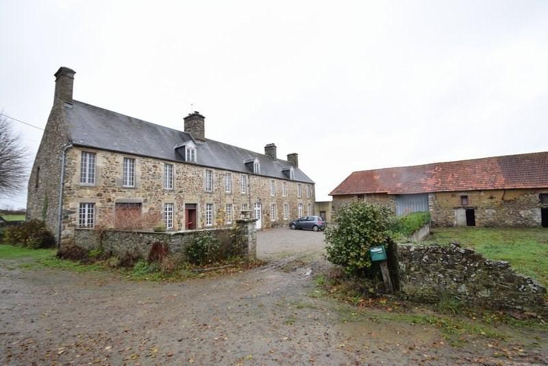 Sale house / villa Periers 234000€ - Picture 1