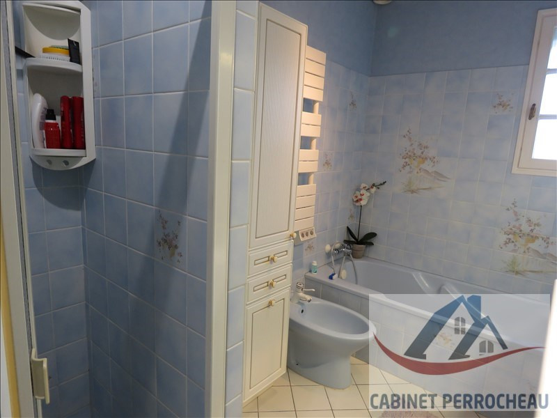 Sale house / villa La chartre sur le loir 149900€ - Picture 8