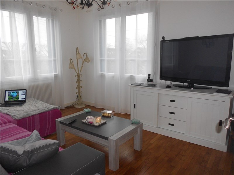Location maison / villa Gouaix 800€ CC - Photo 2