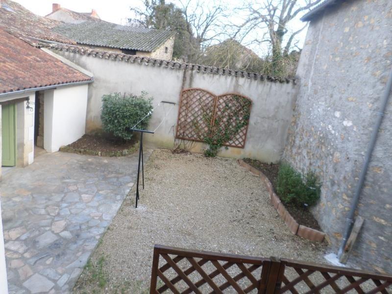 Location maison / villa Lhommaize 570€ CC - Photo 8