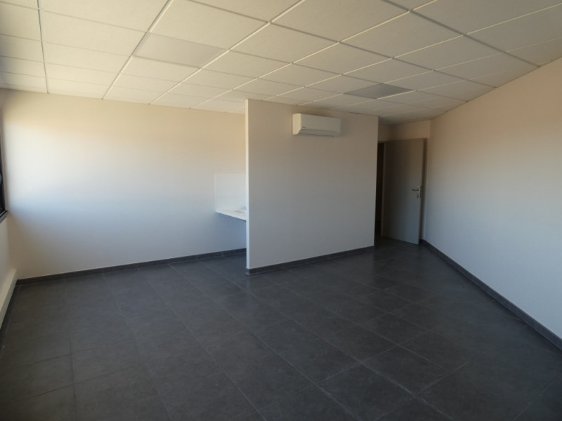 Rental empty room/storage Bram 367€ HC - Picture 3