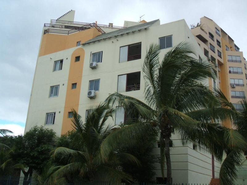 Vente appartement St denis 99000€ - Photo 1