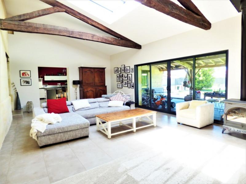 Deluxe sale house / villa Izon 650000€ - Picture 2